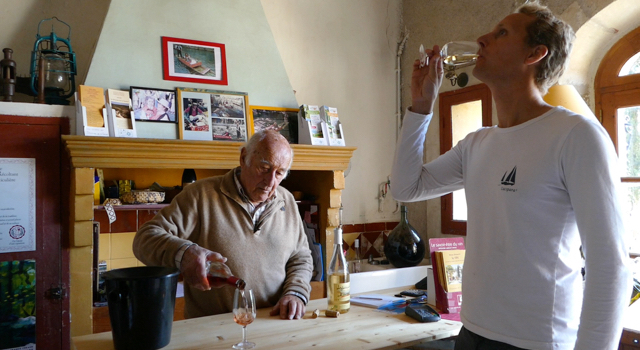 In Search of Sustainable Wine (FRA)