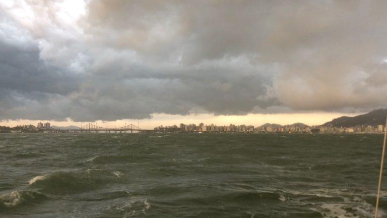 10 October 2018 – Weather and Bureaucracy